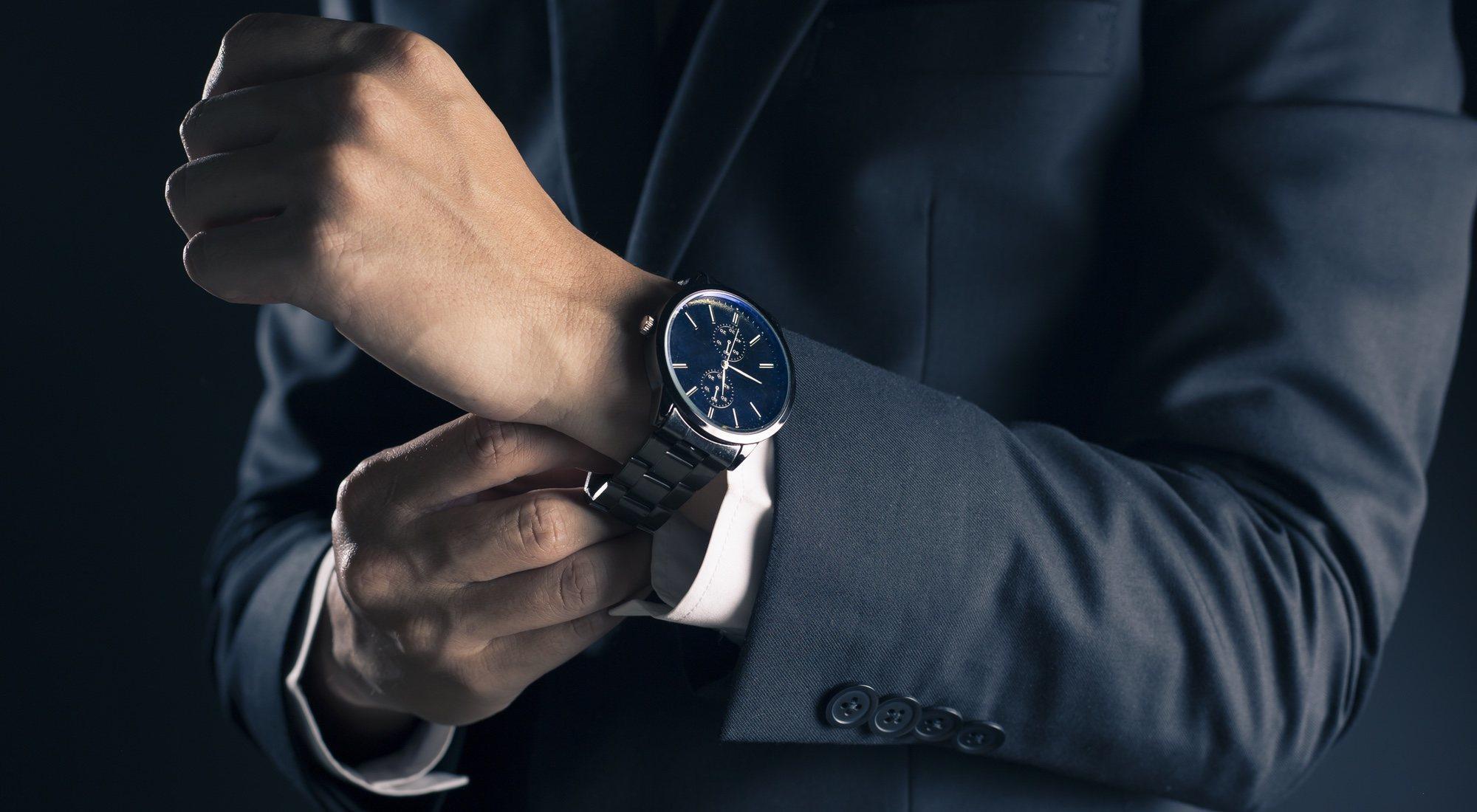 Este es el tipo de reloj que debes llevar para cada ocasión - MENzig afe5b6f3ceb0