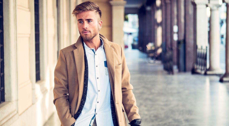 El abrigo de paño para hombre está de moda: tendencias y consejos