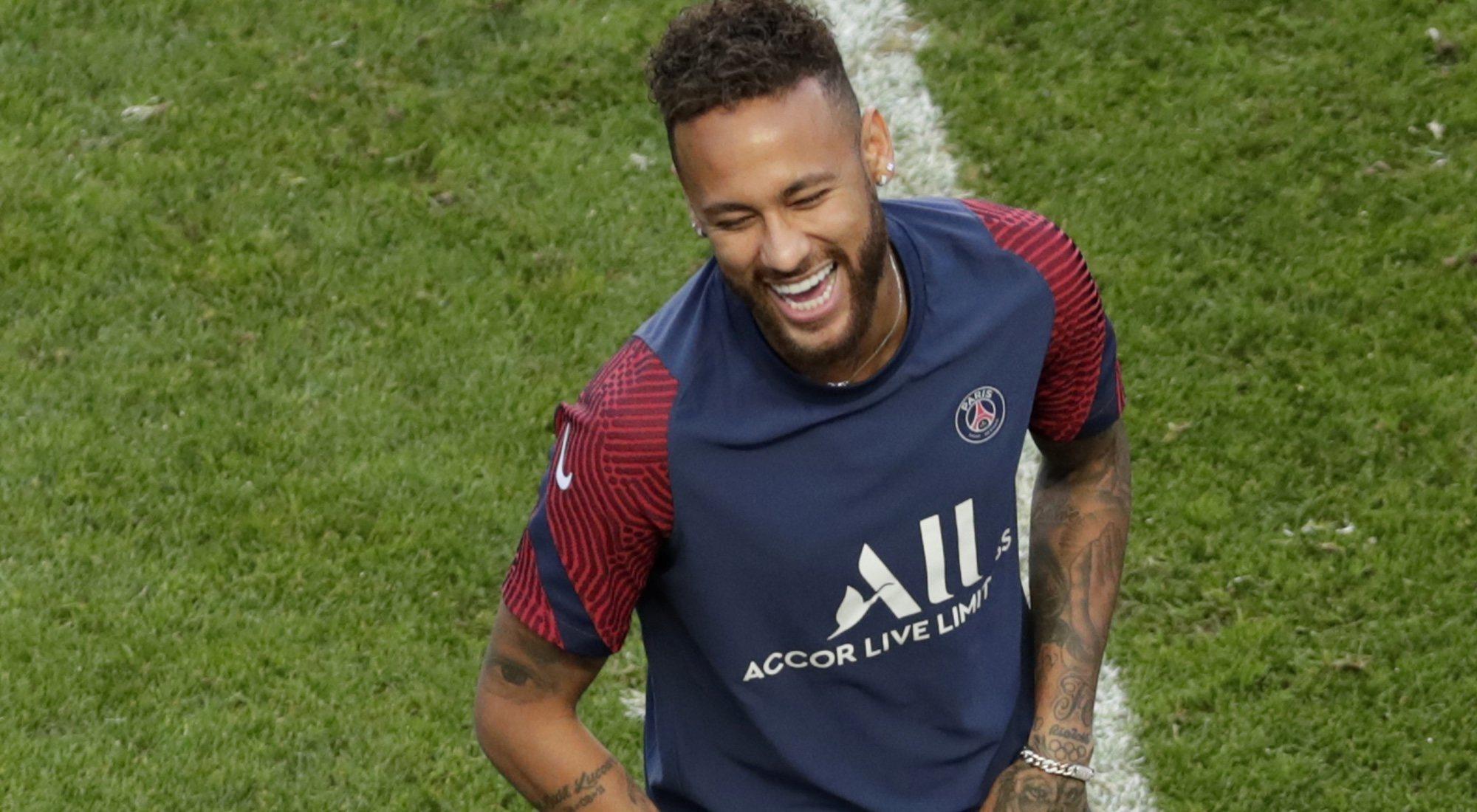 Neymar Tampoco Se Queda En Nike Ficha Por Puma Menzig