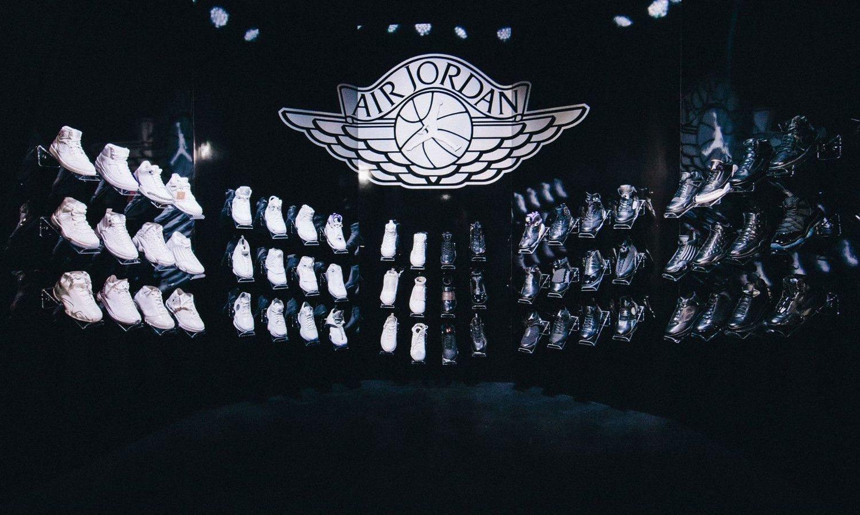 Todos los modelos editados de las All Black Jordan PE 1-XXX