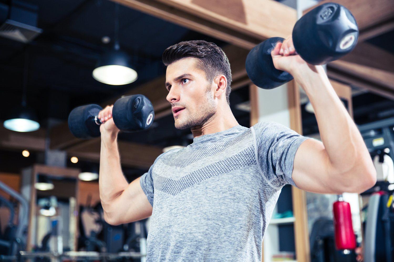 La ropa que lleves al gimnasio debe ser una mezcla de comodidad y estilo.