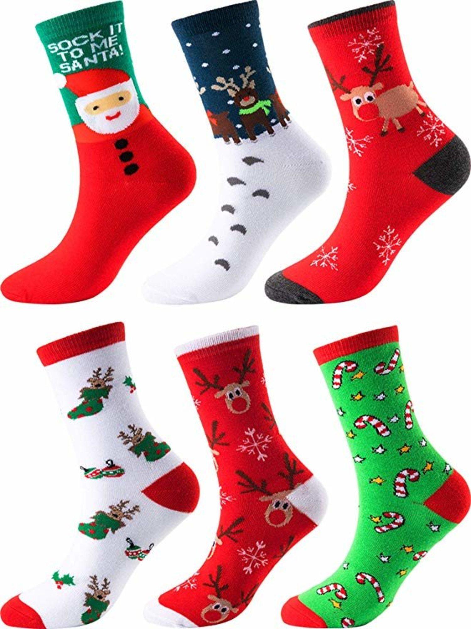 Se trata de una de las prendas más típicas en Navidad. Para vestir o colgarla en la pared como decoración.