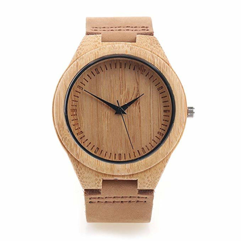 Reloj fabricado con madera de bambú.