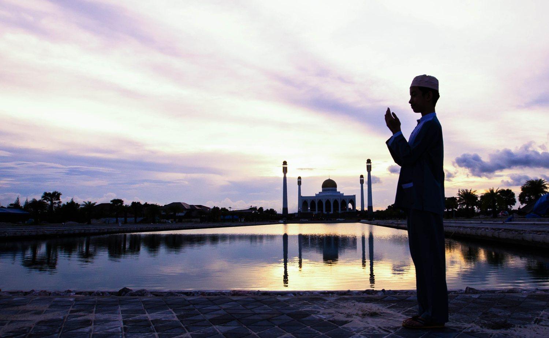 La religión trae paz espiritual, pero también trae represión