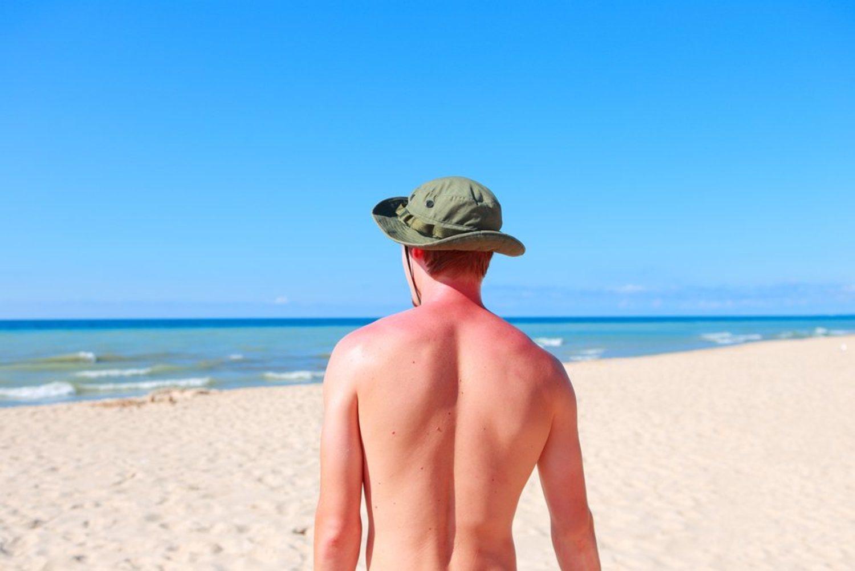 Esté bien o no, vas a tomar el sol igualmente. Pero al menos que sea con precaución, si no quieres quemarte.