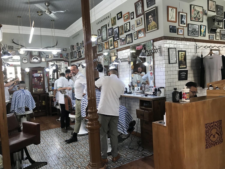 Las barberías actuales mantienen la esencia del pasado. y eso las hace especiales.