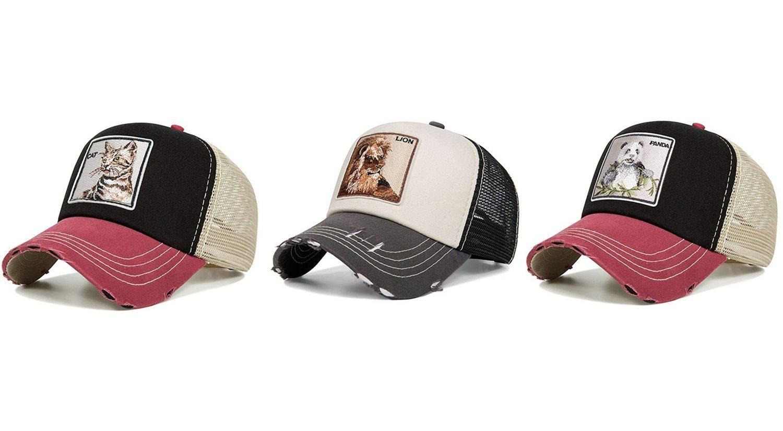 Gorras negra/roja de gato y panda, y beige de león.