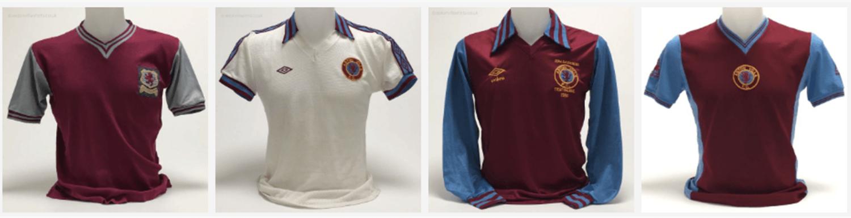 Estas son algunas de las más antiguas camisetas de su colección