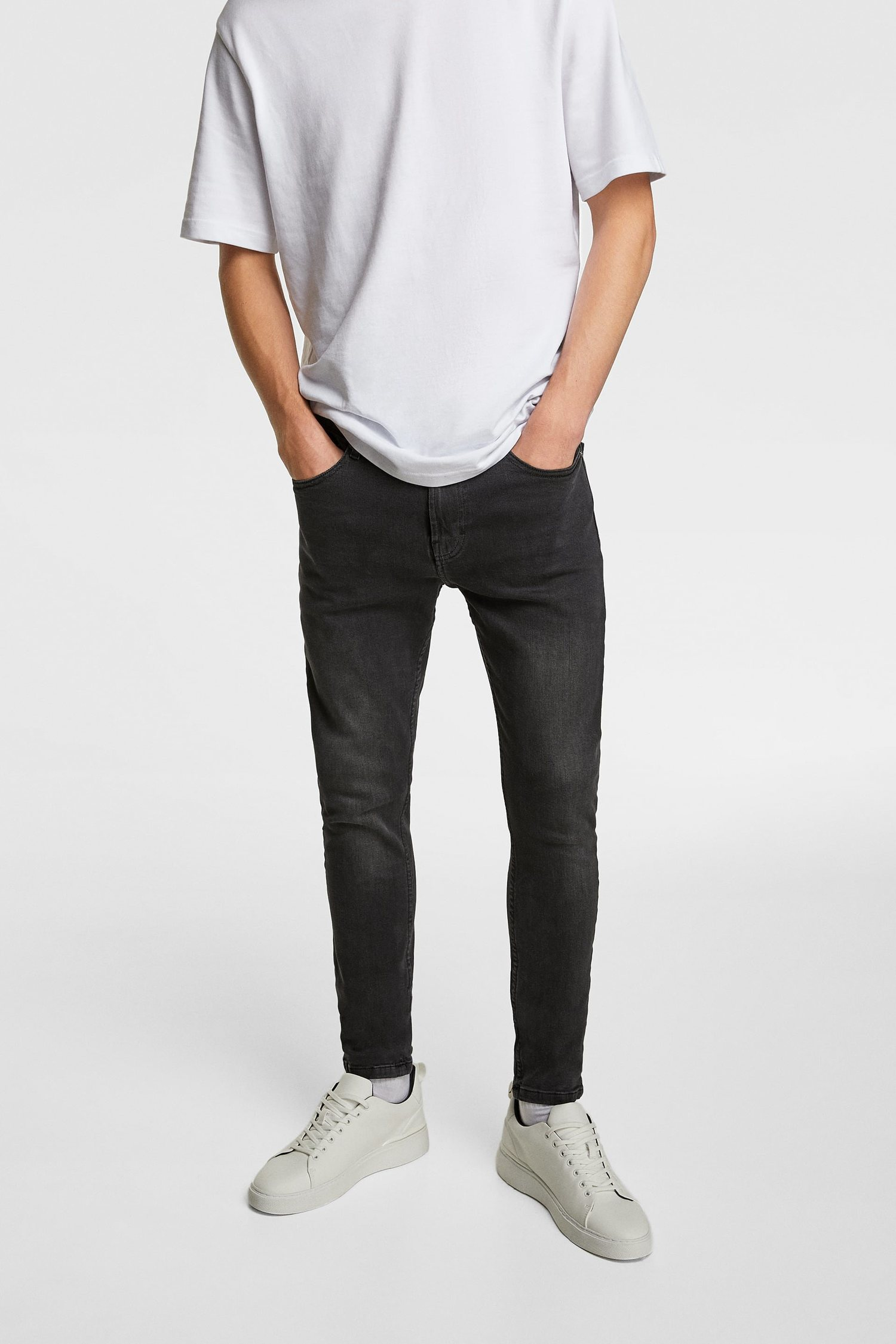 Jeans Zara.
