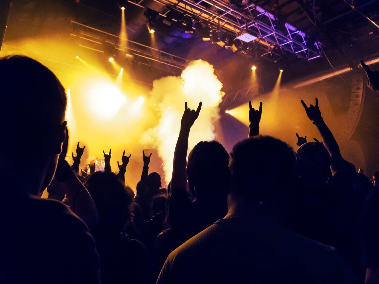 Muchos grupos musicales llevan años llenando estadios y atrayendo a un público de todas las edades.