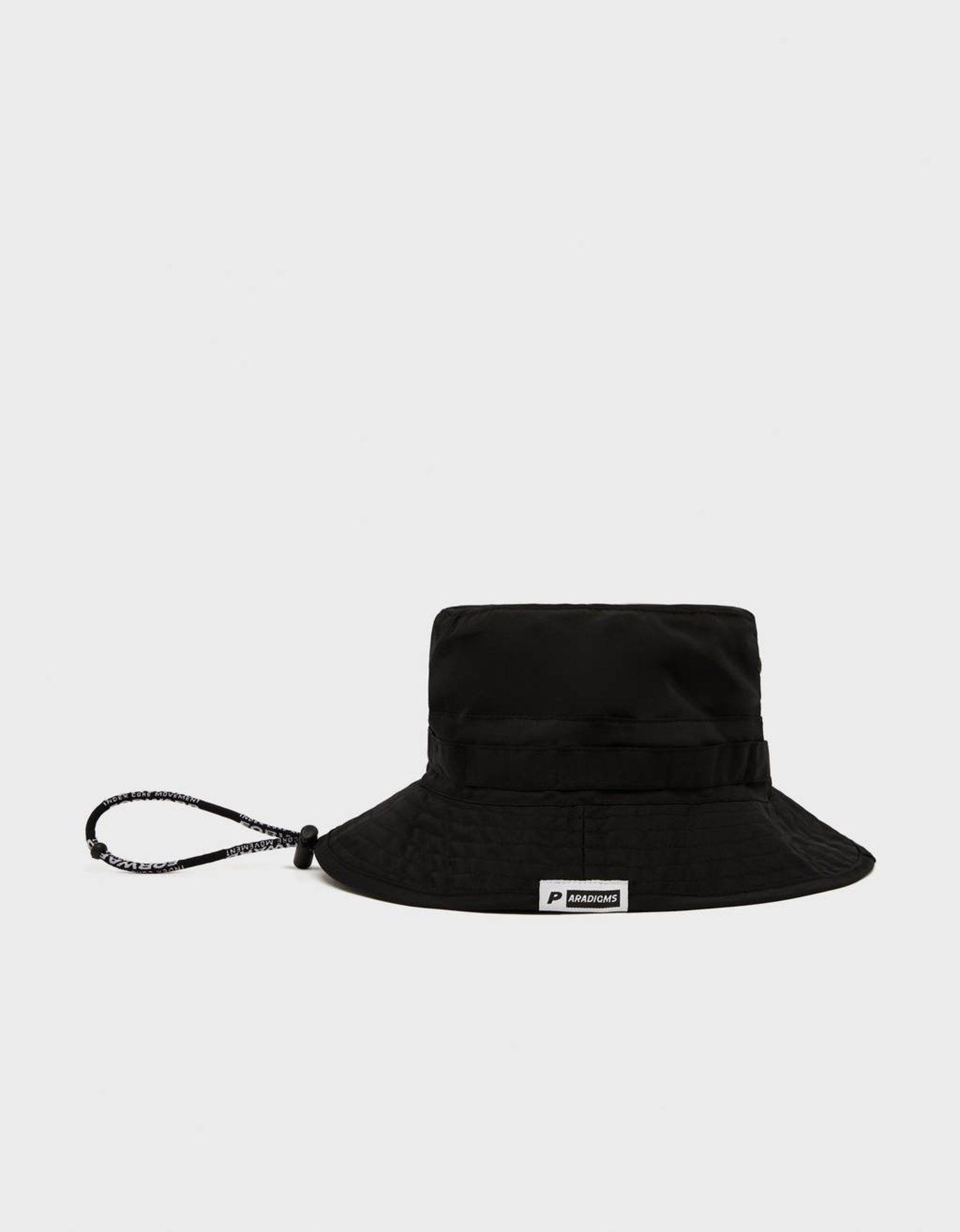 Bucket hat negro.