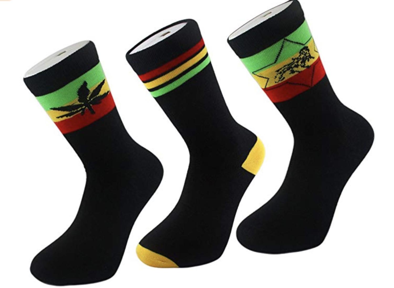 Si alguna vez le da por legalizar la marihuana como Trudeau ya tiene calcetines que ponerse.