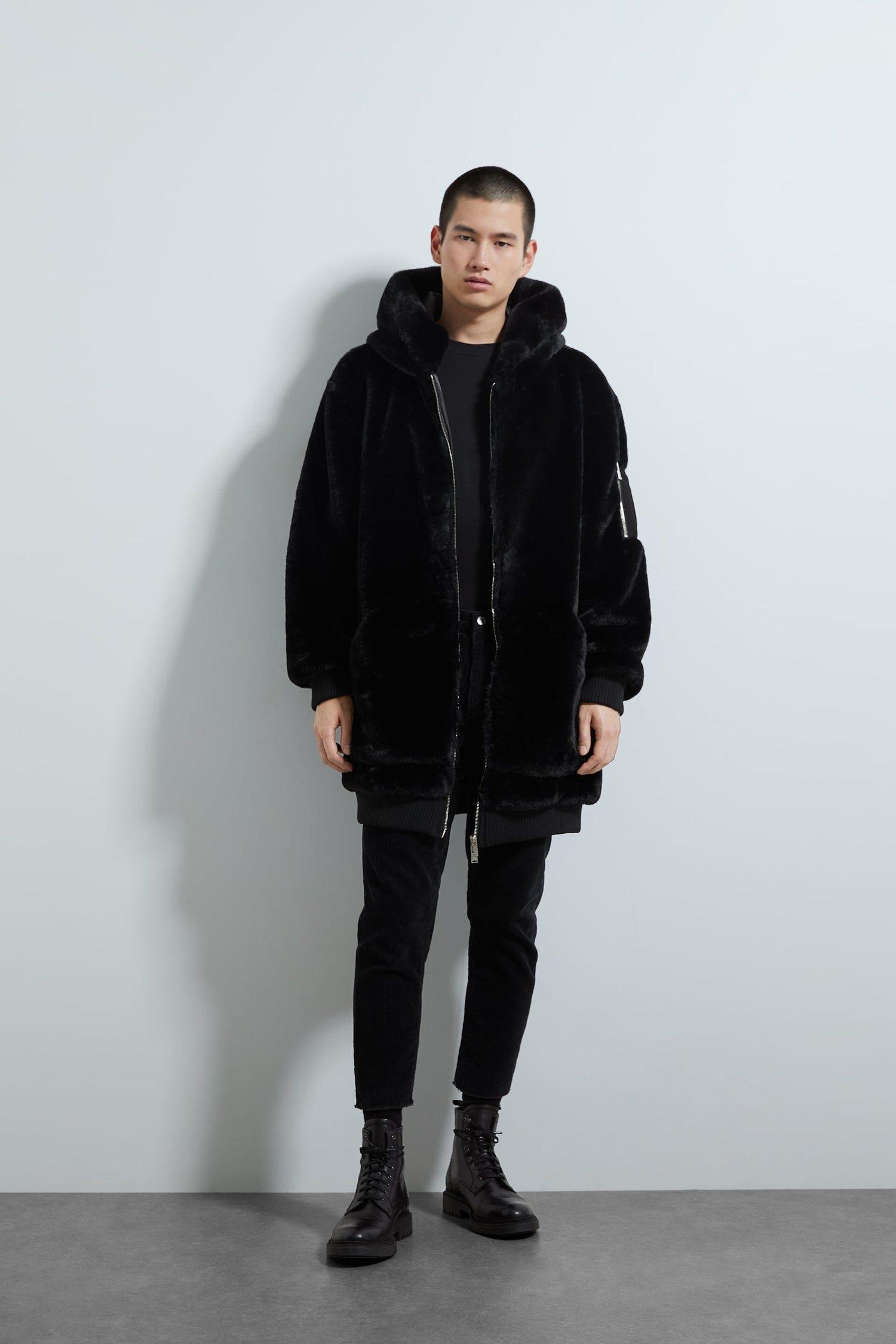 Un abrigo de pelo es el mejor aliado para afrontar el frío.
