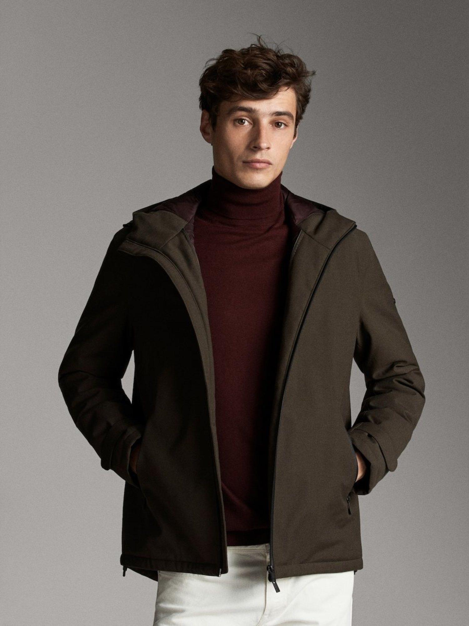 Esta chaqueta de Massimo Dutti es tu mejor aliado para vuestros días de lluvia.
