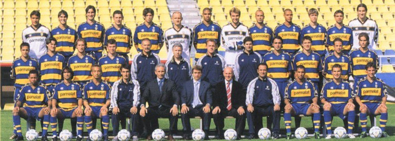 Hace unos años, esta camiseta del Parma la veríamos como un horror. Hoy es un clásico retro.