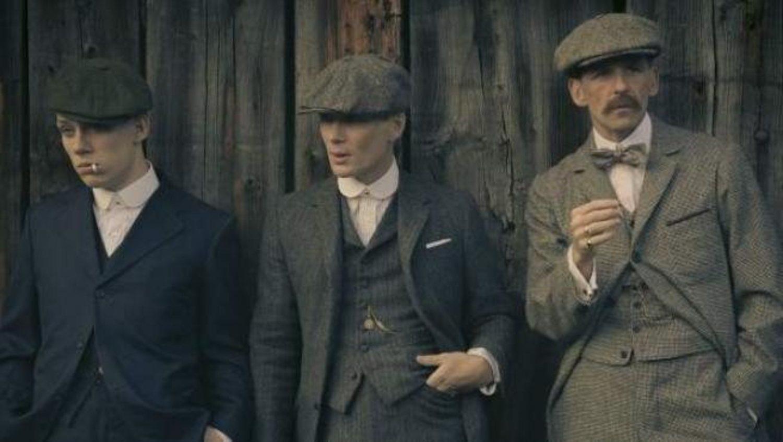 Todos queremos parecernos a los Peaky Blinders, y no a nuestro abuelo, al ponernos boinas.