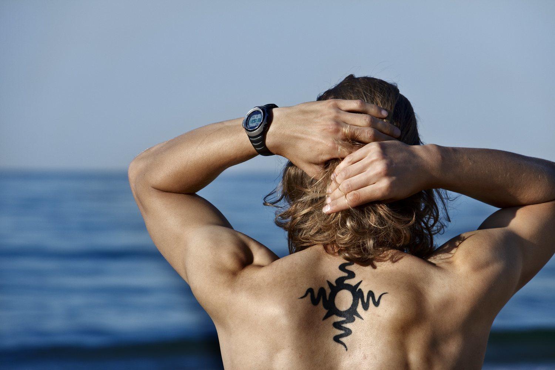 Tatuaje con motivos tribales